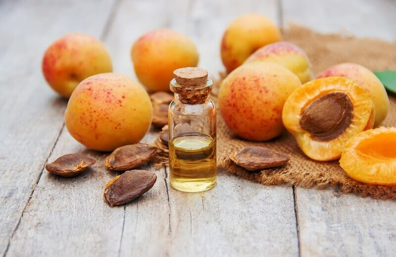 Apricot Kernel Oil & Oil Powder